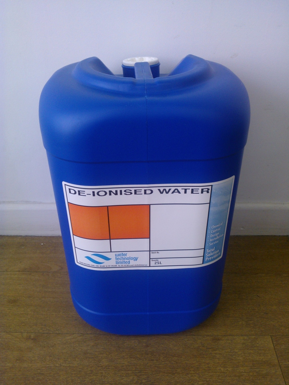 Deionised water systems and refills image